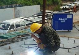 深博高速高架桥建设