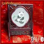 四川蜀绣 刺绣座熊猫