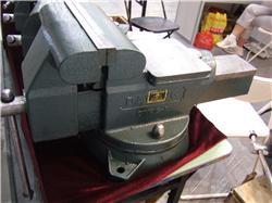 供应大连大杨全钢台虎钳 重型台虎钳 机用平口钳