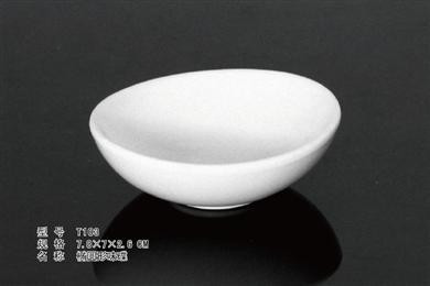 T103    椭圆形味碟