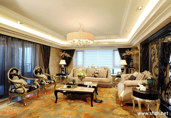 豪宅客厅装潢