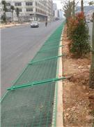 坂田公路护栏安装现场